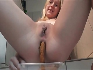Sweet blonde is trying to shit